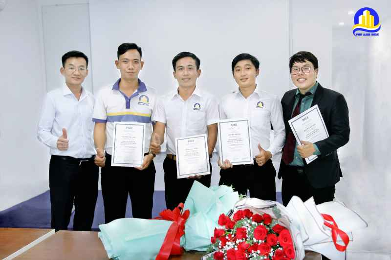 khóa học dành cho nhân viên xuất sắc và cán bộ quản lý trung cấp